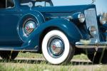 Packard 120 Deluxe Touring Sedan 1937 года